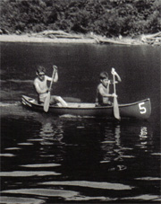 Stephan Holmes and David Robertson canoeing.